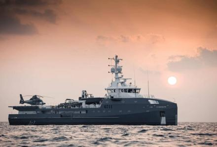 6711: The support vessel for true superyachts