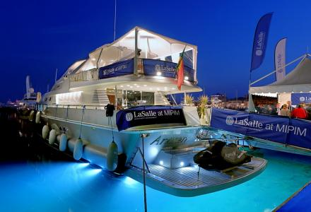 How to charter a yacht for MIPIM