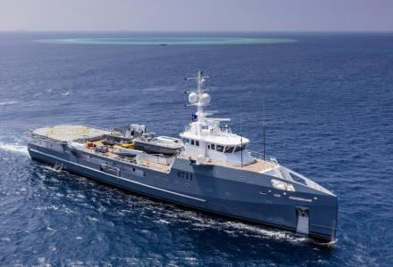 5 reasons to invest in Fast Support Vessel 6711