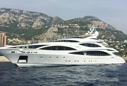 Cristiano Ronaldo spotted aboard €16.5 million Benetti superyacht
