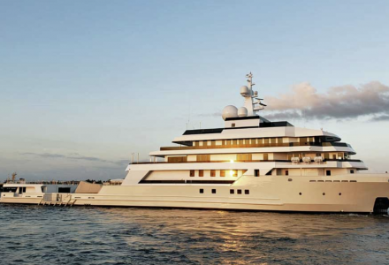90m superyacht Voyager: the largest commercial ship converted in the USA