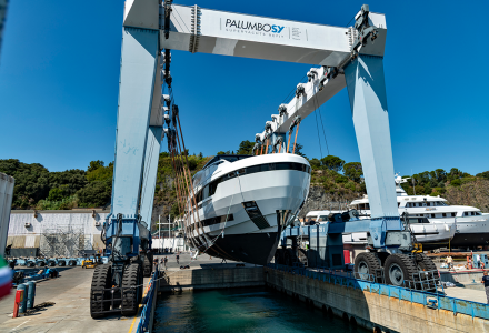 EXTRA 130 Alloy launched today in Savona: superyacht premiere at Monaco Yacht Show