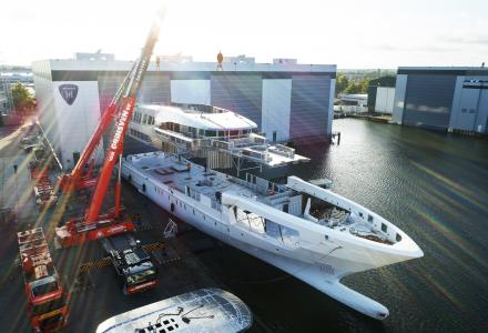 Construction progress on 60m Heesen steel Project Falcon for the 2021 delivery
