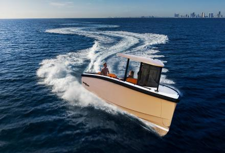 DutchCraft premieres all-electric multi-purpose tender