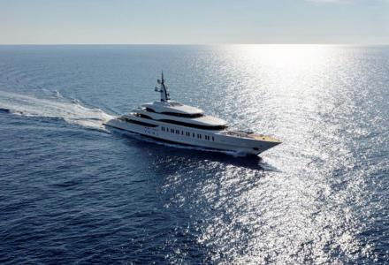 Shipyards pioneers in the supply of large yachts: Nobiskrug and Benetti