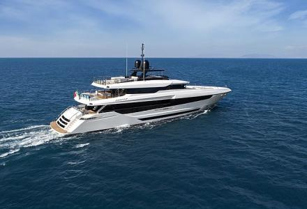 A new owner for Overmarine 42m Project Venezia