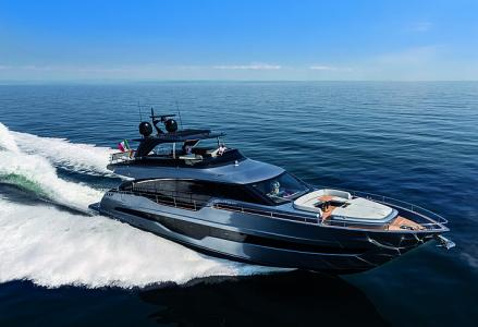 Get on board the biggest Cranchi Yachts' flagship yacht Settantotto