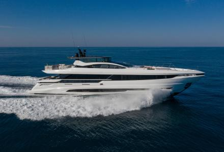 Mangusta GranSport 33 series - the novelty by Overmarine Group S.P.A. reaching the US shores to debut at FLIBS 2020