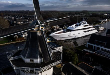 Photo of the Day: Feadship Project 819 on Her Way To the North Sea