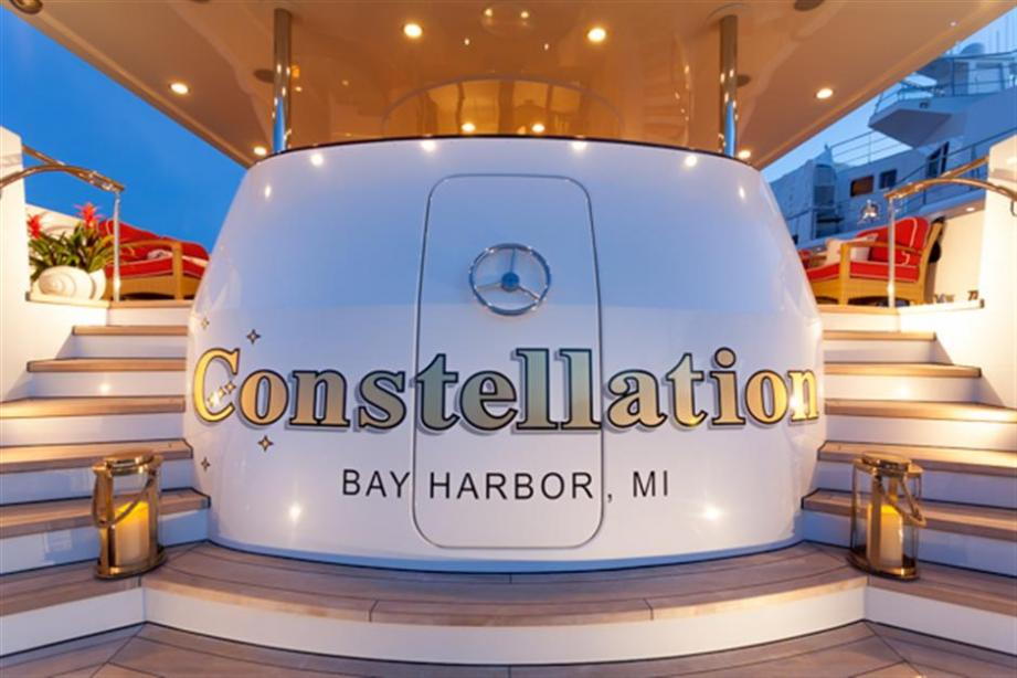 yacht Constellation