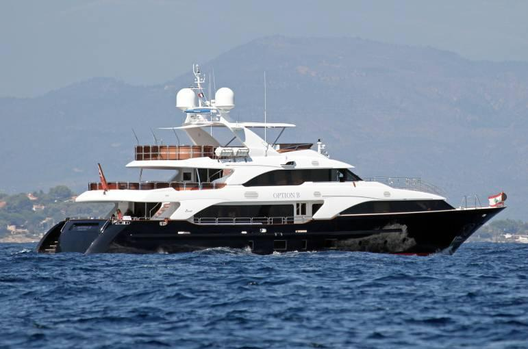 yacht Option B
