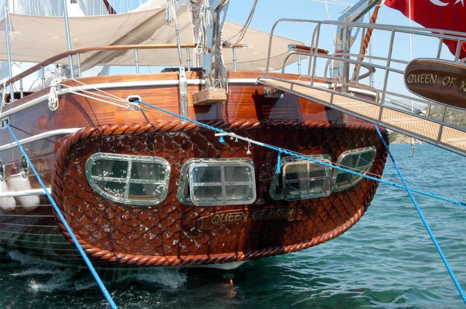 yacht Queen Of Karia