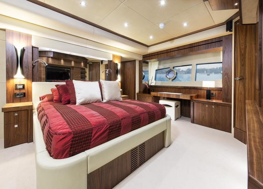 yacht Twenty Eight