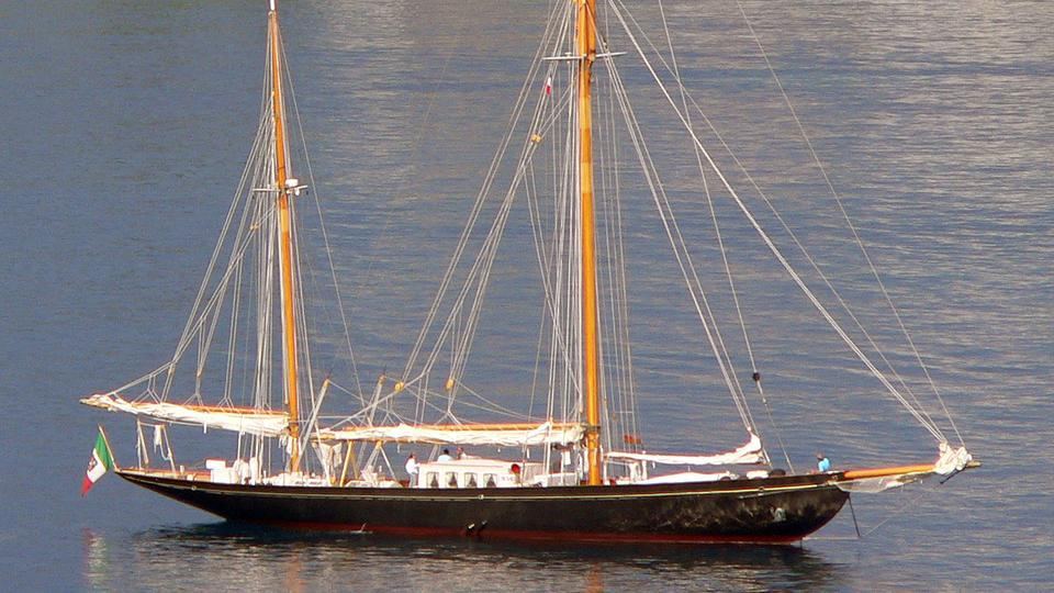 yacht Black Swan Of 1889