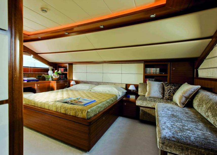 yacht Custom Line 112 Next